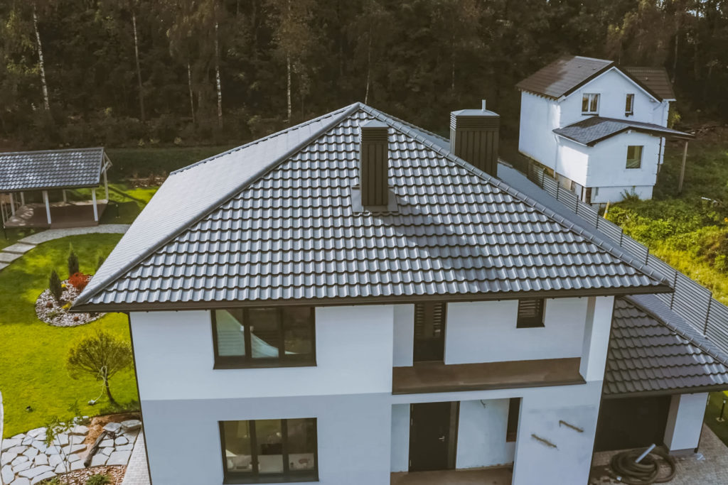 Pros and Cons of a Metal Roof 2
